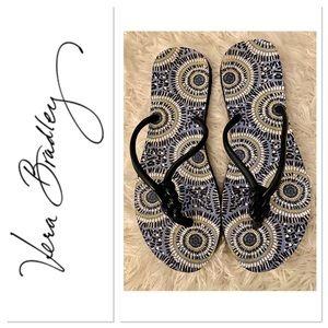 ❤️4 for $20❤️Vera Bradley Blue/White Flip Flops